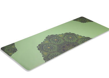China Indoor Sports Green Travel Exercise Mat , Fold Up Yoga Mat Easy Cleaning factory