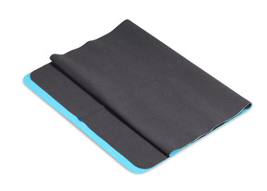 Comfortable Hygienic Black Yoga Towel Thin Thickness Soft Feeling Easy To Carry